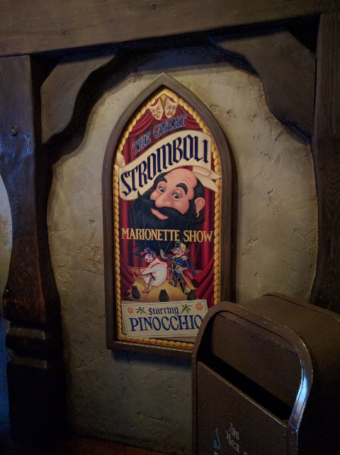 Pinnochio ride Disneyland