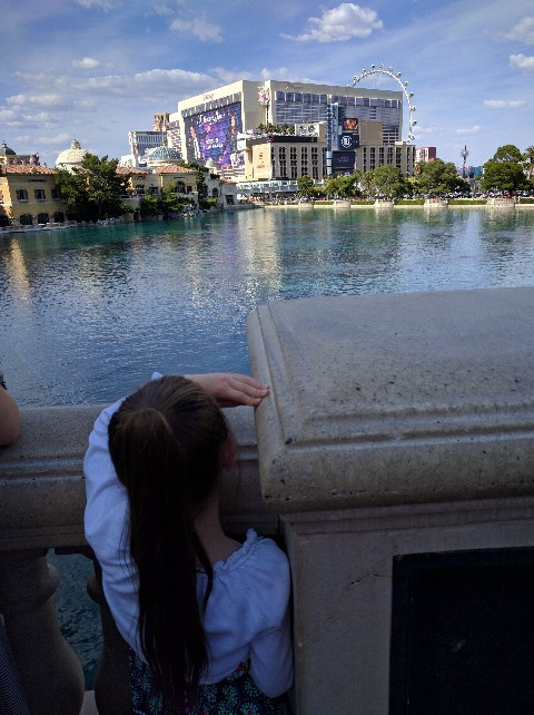 Waiting for Bellagio fountain Las Vegas