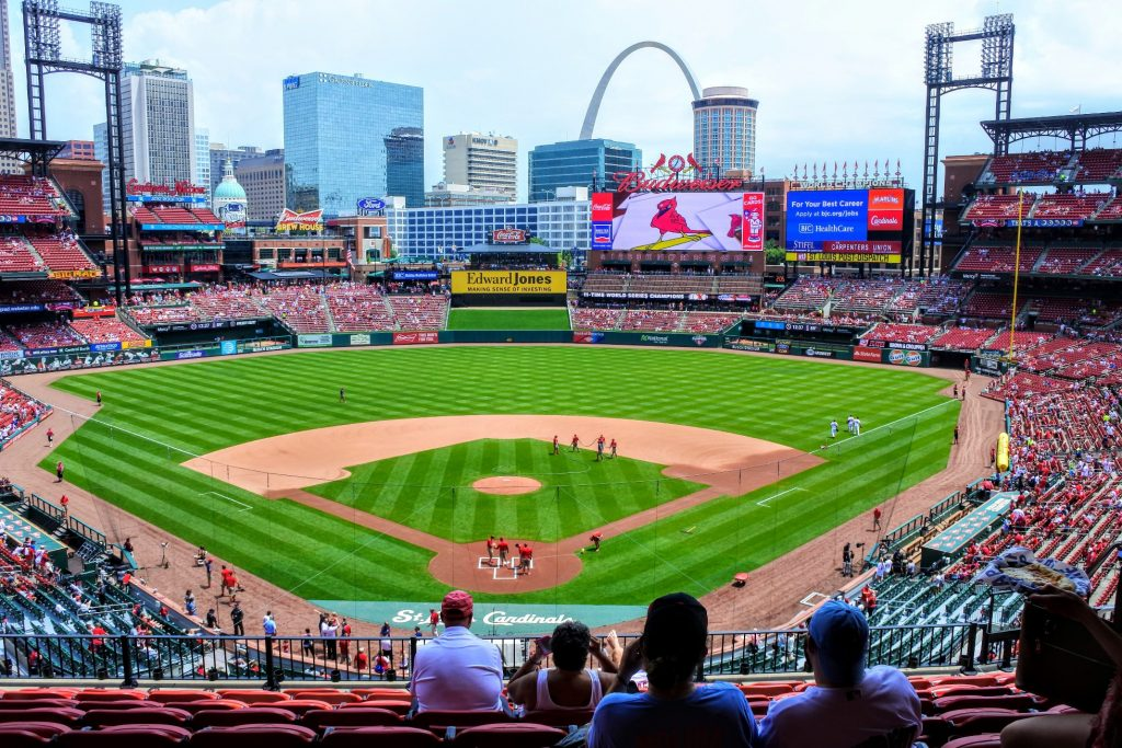 St. Louis is a town full of great activities for families. See what our 6 favorite activities were when we visited St. Louis with kids!