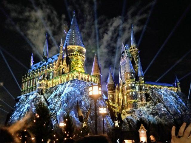 Christmas At Universal Studios Orlando.Celebrating The Holidays With A Universal Orlando Christmas