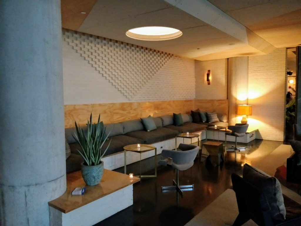 Ace hotel chicago review a cool west loop experience for Trendiest hotels in chicago