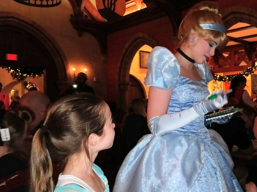 Akershus Royal Banquet Hall is a great option for a princess meal. Find out why an Akershus princess meal should be part of your Disney World vacation plans by reading our full review. #disneyworld #akershus #disneyprincess