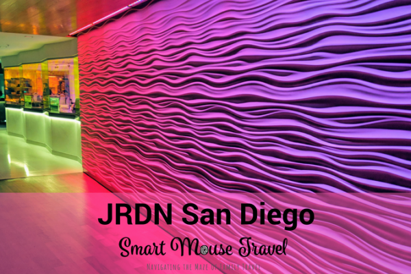 JRDN at Tower 23 in San Diego provides stunning views and is a luxurious spot to eat or drink in the otherwise casual Pacific Beach area. #sandiego