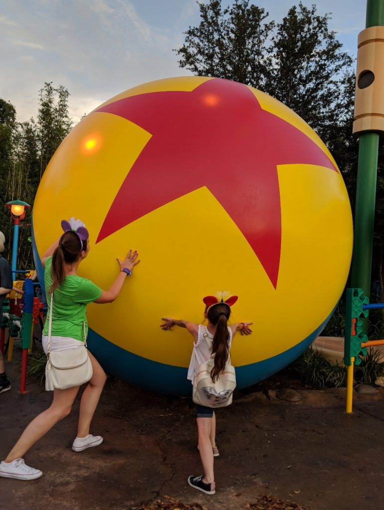 The new Toy Story Land rides, characters, and details are a fun addition to Disney's Hollywood Studios. Let me help you plan your visit to Toy Story Land! #disneyworld #toystoryland #andysbackyard #disney