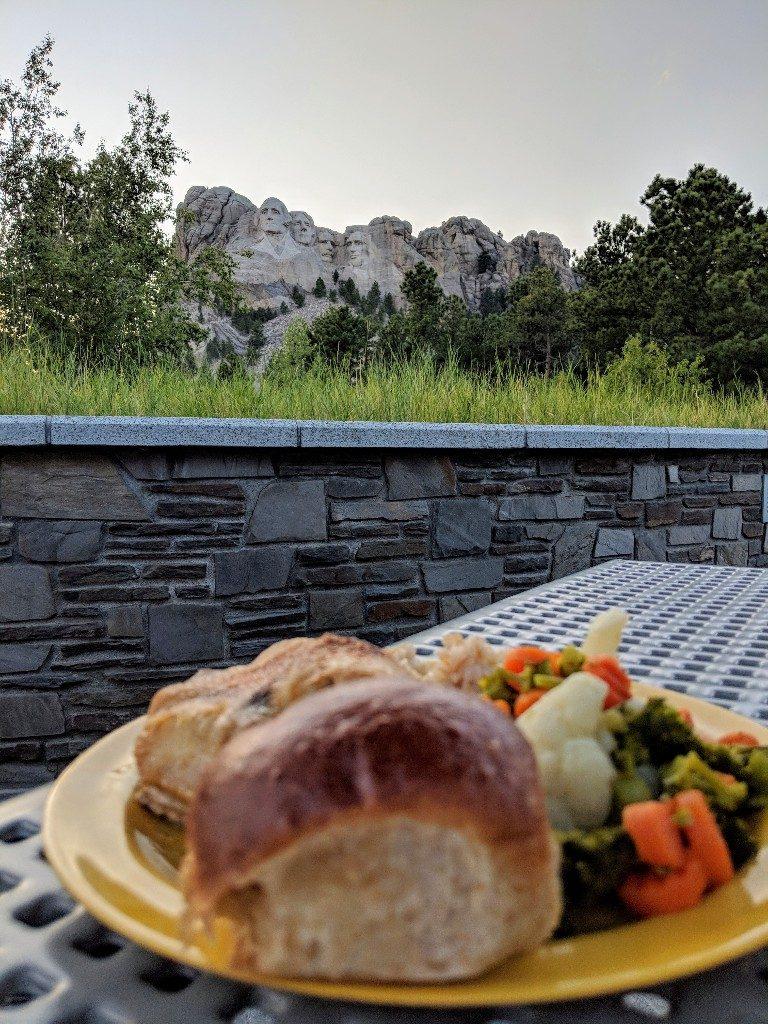 Mount Rushmore is a popular tourist destination, but South Dakota has so much more to offer. Follow our South Dakota itinerary for a great family trip. #visitsouthdakota #badlandsnationalpark #thebadlands #blackhills #custerstatepark #familytravel #mountrushmore