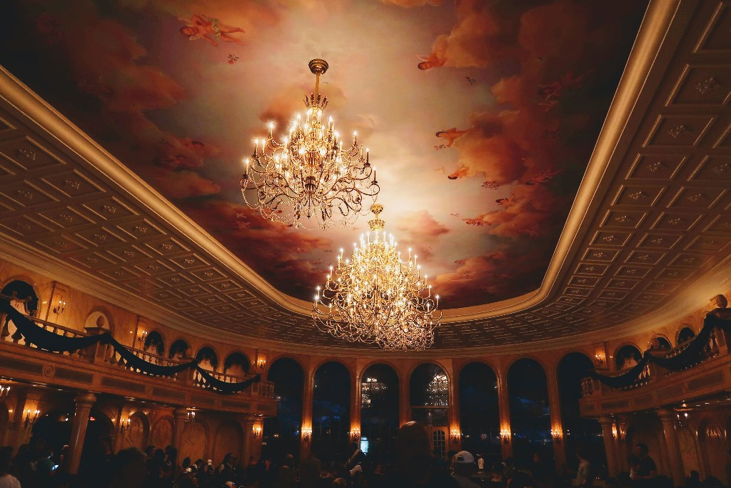 Are you curious about the new Be Our Guest dinner experience? See what we ate, the cost, and what characters we saw in our full Be Our Guest dinner review. #beourguest #disneyworlddining #disneyworld #magickingdom