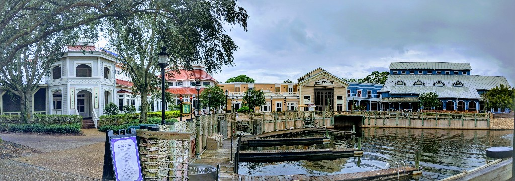 Port Orleans Riverside is a popular moderate resort at Disney World. See if Port Orleans Riverside and the Royal Guest Room is right for your family. #disneyworld #disneyresorts #disney #portorleans #disneyprincess
