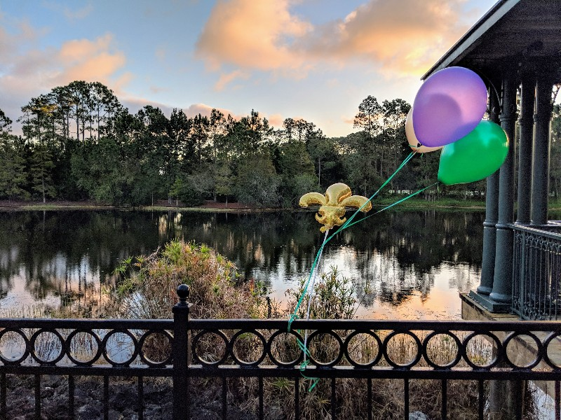 Want to do something different on your next Disney World trip? Take some time to do the Port Orleans Beignet Dash fun run! #disneyworld #portorleans #beignetdash #rundisney #familytravel