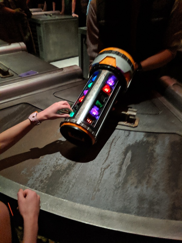 Normally shrouded in mystery, now you can see what the Savi's Workshop lightsaber building experience is like and get answers to important questions. #starwars #galaxysedge #savisworkshop #lightsaber