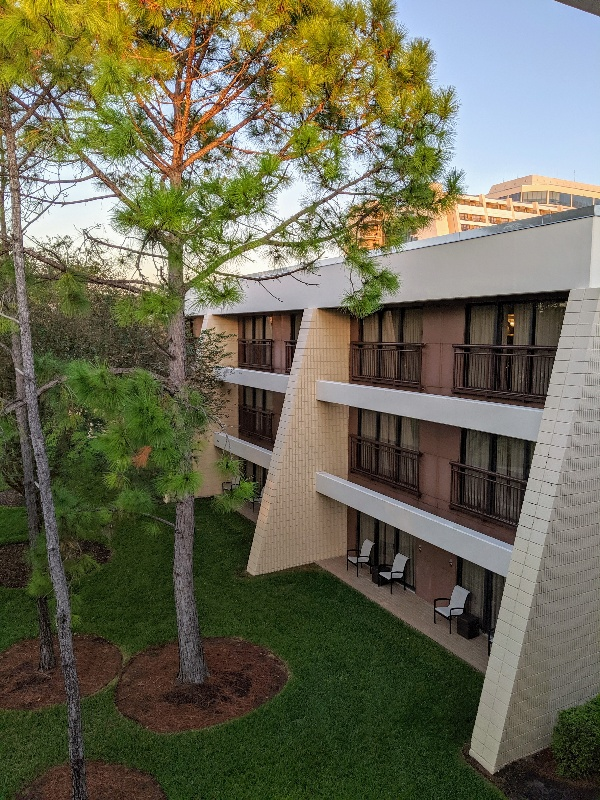 Disney's Contemporary Resort garden wing is different than in the main tower. Here are the pros and cons of staying in a Contemporary garden wing room. #disneyworld #contemporaryresort #disneyresort #disneyplanning